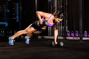 224_female-fitness-photoshoot-crossfit-biceps