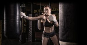 woman_boxing_close